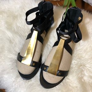 Steve Madden Black Leather with Gold Metal Detail